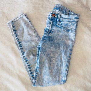 light wash old navy jeans